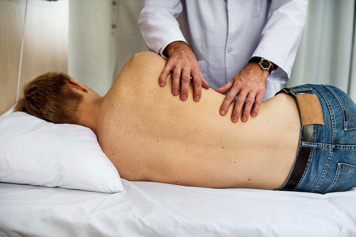 Paciente con dolor de espalda